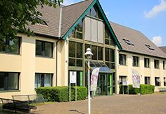 Eingangsbereich Hochschulgebäude – Campus Unna DHGS