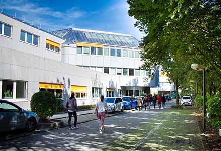 Aussenansicht Campus München DHGS