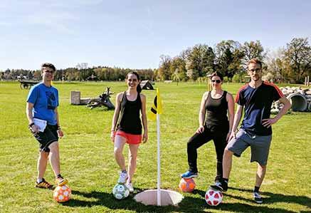 DHGS Studenten beim Soccer Golf in München