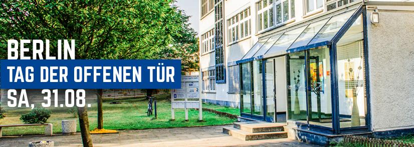Eingang zum Campus Berlin, Einladung zum Tag der offenen Tür am 31.08.